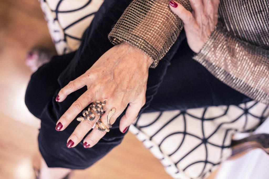chuky-reyna-wearing-sazingg-jewelry-in-miami
