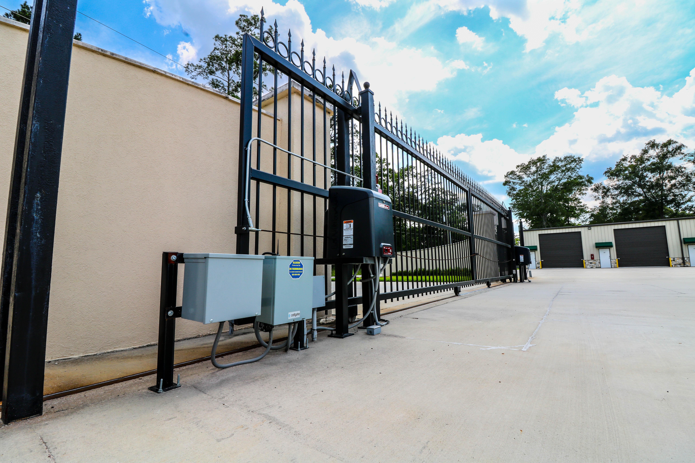 Free Eagle Storage Entry Gate