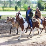 Trail Boss Earl Smith w daughter and grnddaughter on fundrasing trail ride April 2009
