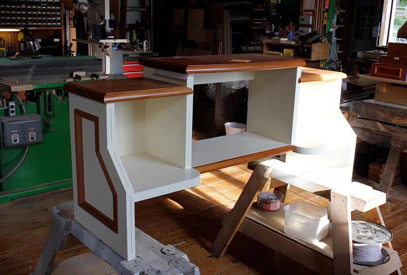 console-bench