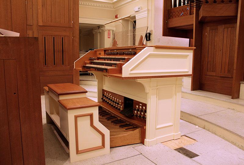 console-in-church