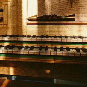2-manual-keyboard
