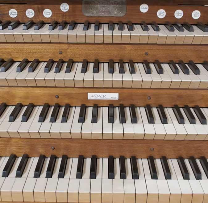 mechanics-hall-keyboard
