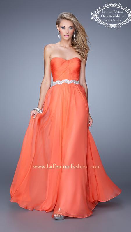 strapless dress - prom dress tips