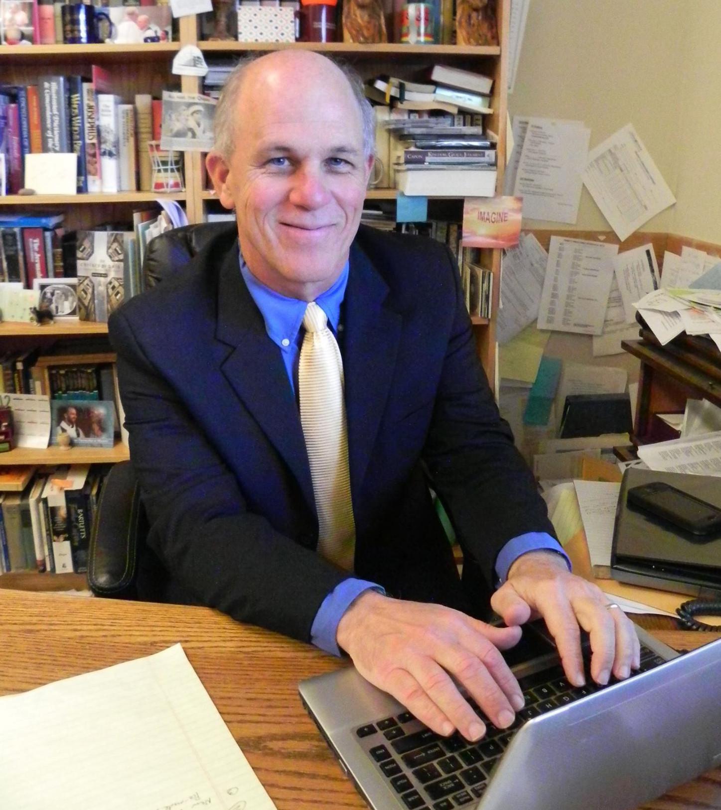 Pastor Jim Lindus