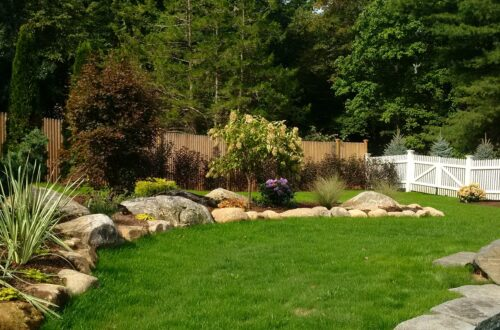 Bolton Landscape Design & Masonry specializing in plantings, sprinkler systems, patios, grills, driveway construction, and grading since 1979. Westport Landscaping & Masonry | Bolton Landscape Design & Masonry Inc. | Landscaping, Masonry, Patio & Walkway Construction in Wilton, Weston, Darien, Ridgefield, New Canaan & Westport, Fairfield County CT