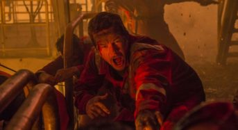 """Mark Wahlberg Struggles to Stay Alive in the Surprisingly Effective """"Deepwater Horizon"""""""