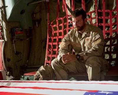 AMERICAN-SNIPER-Bradley Cooper Plane Movie+Spoon