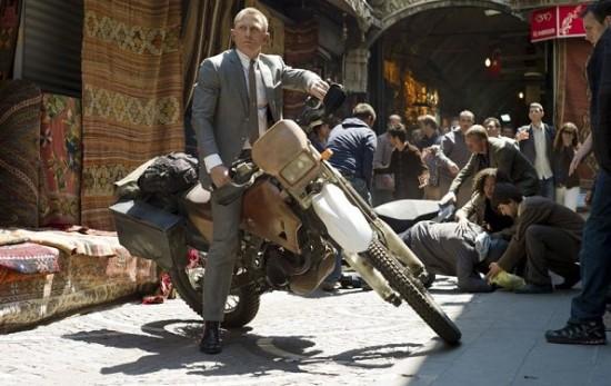 Daniel Craig James Bond MovieSpoon.com