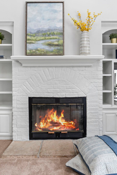 how to paint a brick fireplace (1)