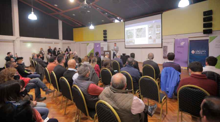 Emesa presentó en Malargüe aprovechamiento multipropósito que sumará energía, agua potable y de riego y espacios verdes
