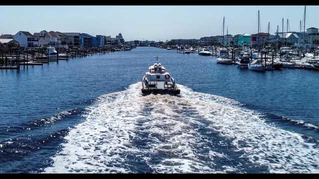 carolina-beach-boats