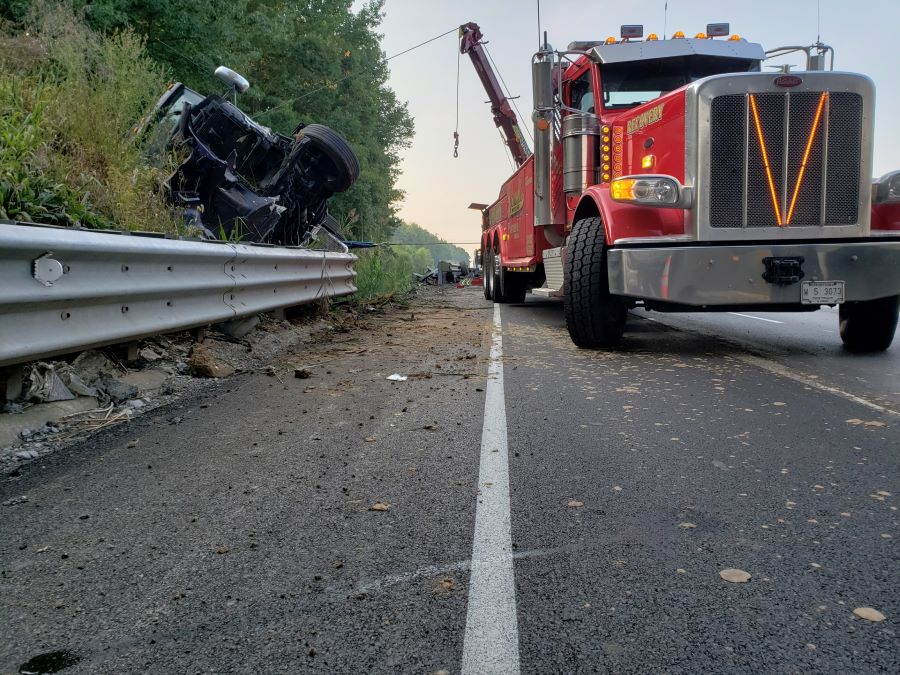 rollover accident on interstate