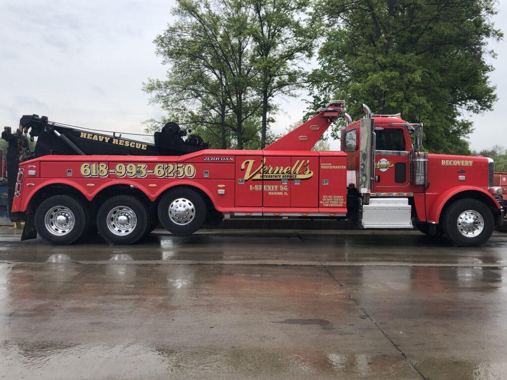 Vernell's Interstate Service heavy rescue