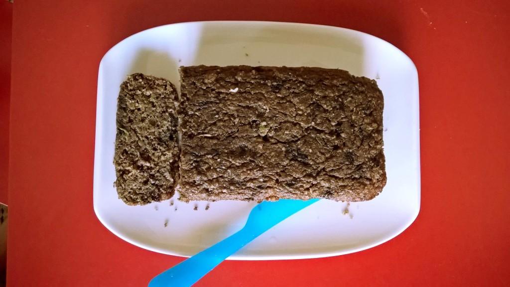 Zucchini blueberry bread1