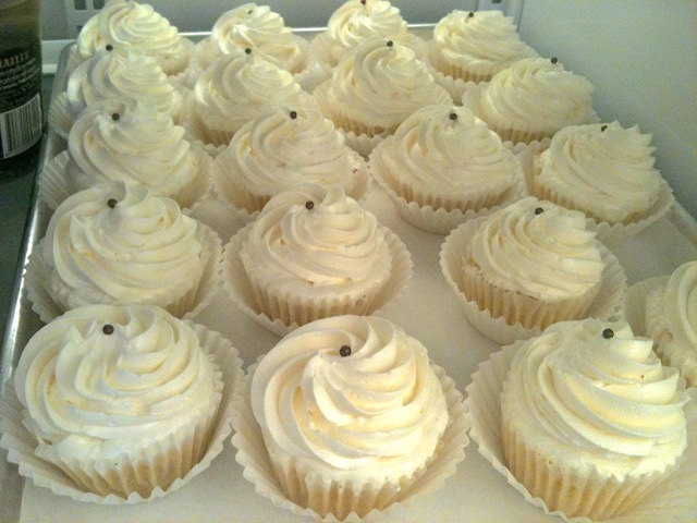 Cupcakes ready for decorations   urbnspice.com