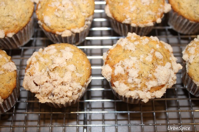 Best Ever Banana Muffins with a little streusel topping   urbnspice.com