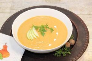 Roasted Butternut Squash & Caramelized Pear Soup | urbnspice.com
