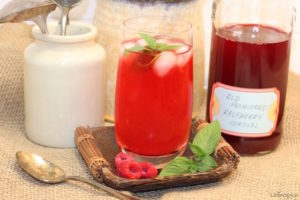 Old Fashioned Raspberry Cordial   urbnspice.com