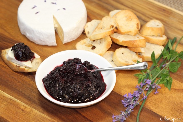 Food Preservation: Wild Berry Chutney | urbnspice.com