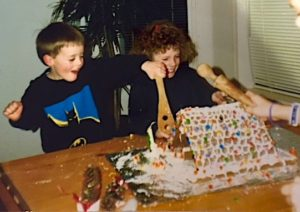 Gingerbread House Smash Party   urbnspice.com