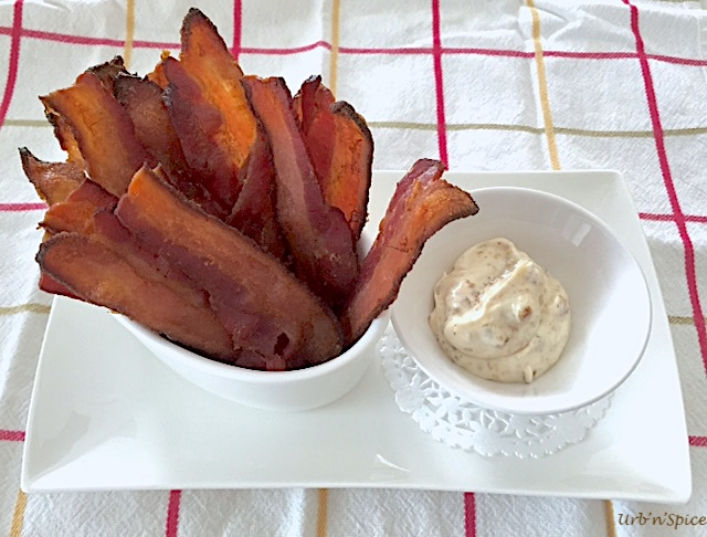 Bacon Appetizers with Roasted Garlic Dressing | urbnspice.com