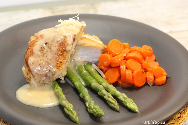 Pan Roasted Chicken with Creamy Asiago Sauce plated | urbnspice.com