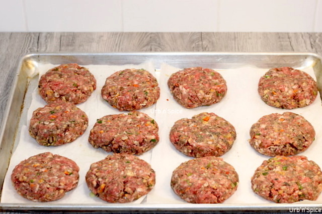 A tray of Blended Burgers | urbnspice.com