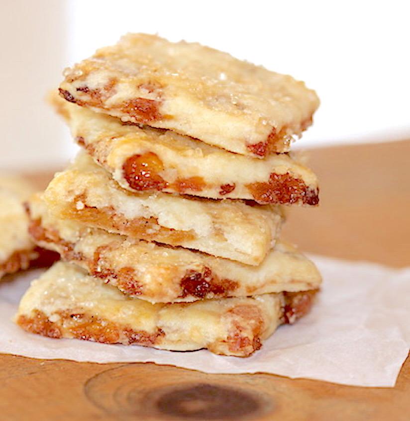 Gluten Free Golden Raisin Biscuit Cookies | urbnspice.com