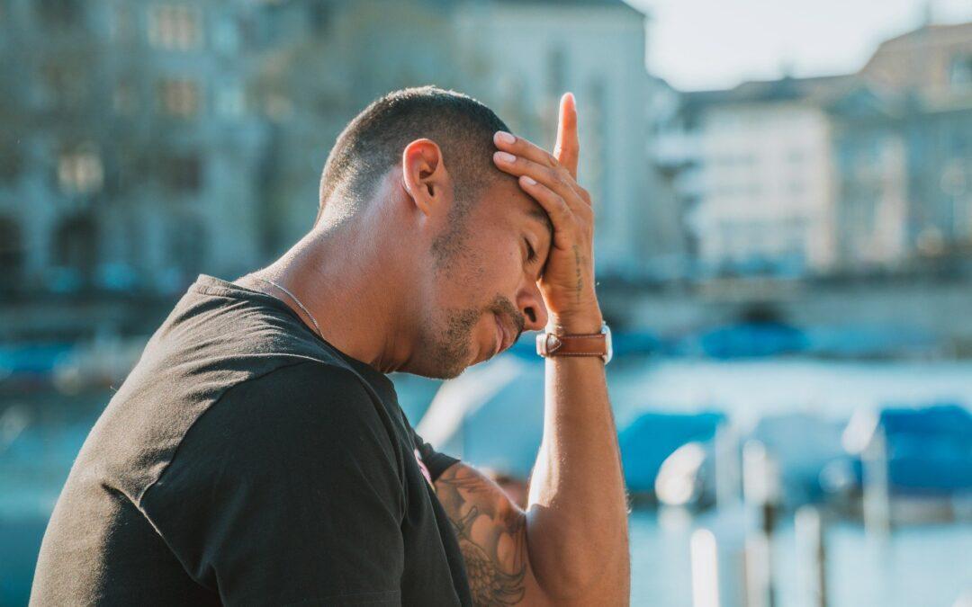 Check your Symptoms: Migraine Headaches vs. Covid-19