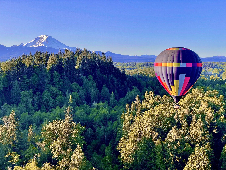 Chihuly hot air balloon