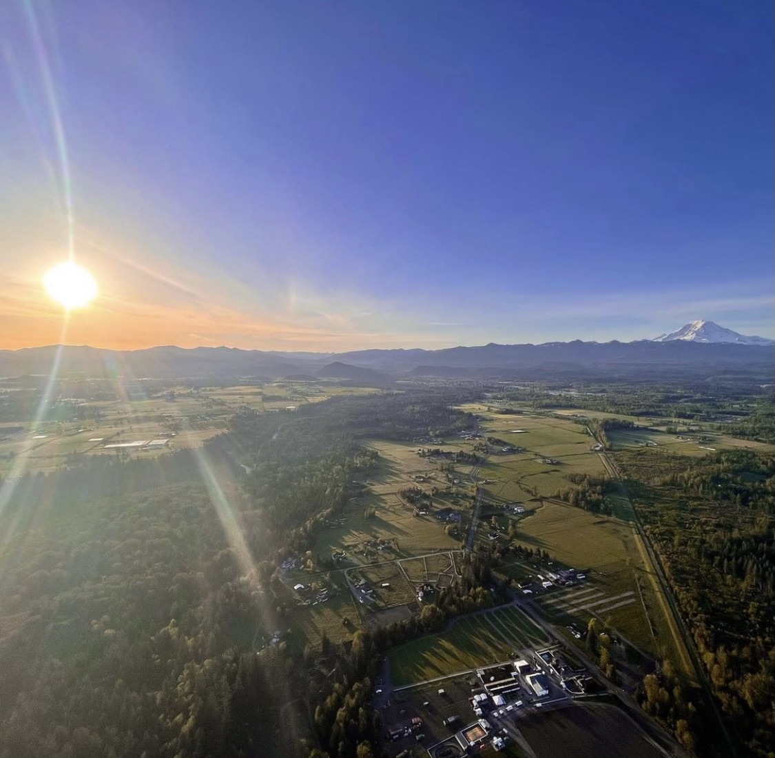 Watching the Sunrise in a hot air balloon kirkland