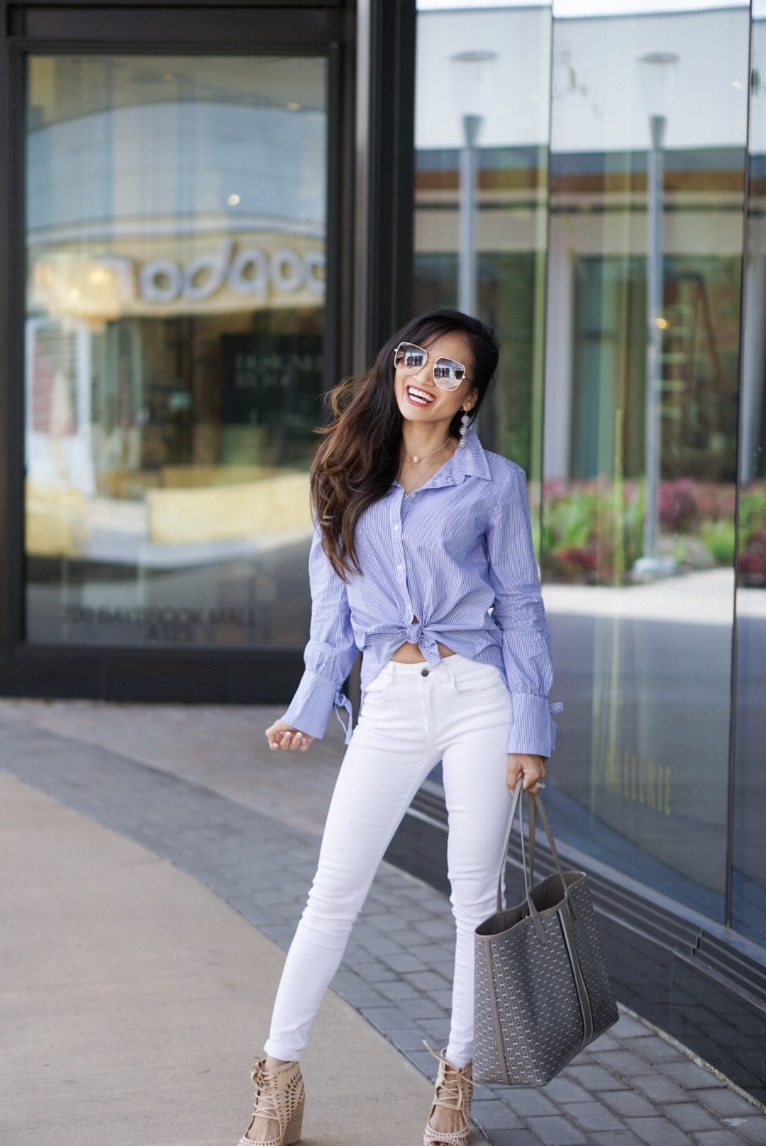 BLUE AND WHITE STRIPED BUTTON DOWN, WHITE PANTS, SPRING LOOK, SPRING STYLE, SANCTUARY TOP, MOM STYLE, MOM FASHION,JEFFREY CAMPBELL WEDGES, Tory burch gemini link tote