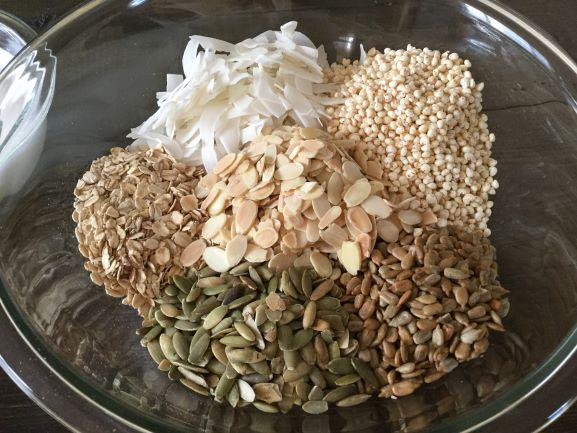 granola-dry-ingredients-in-bowl