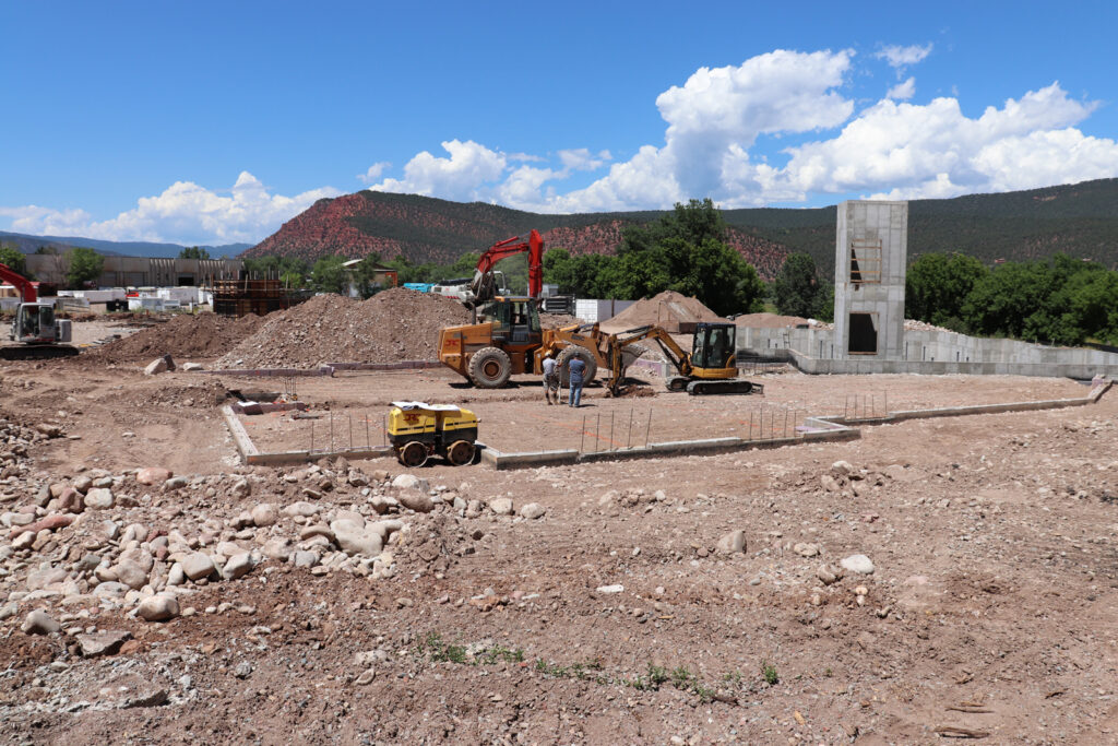 ris Lodge Under construction