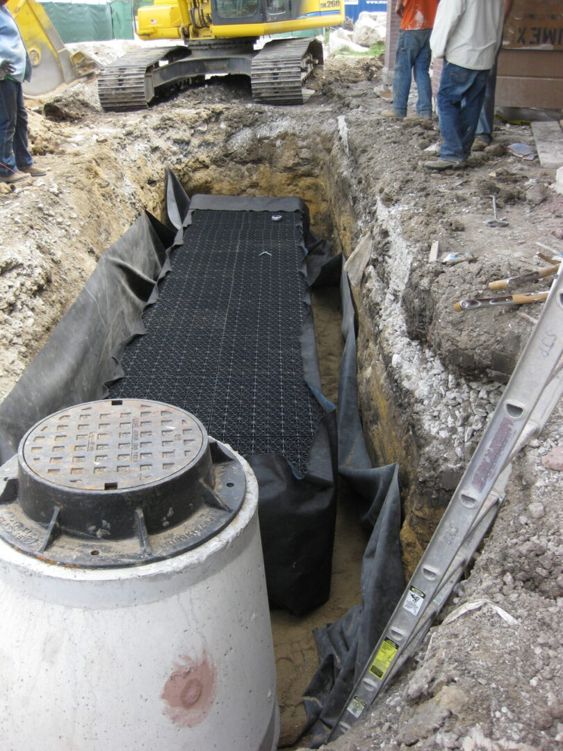 Chicago Comfort Stations - Tank Install