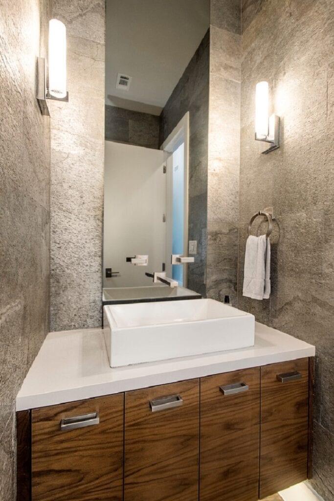 Bath 18