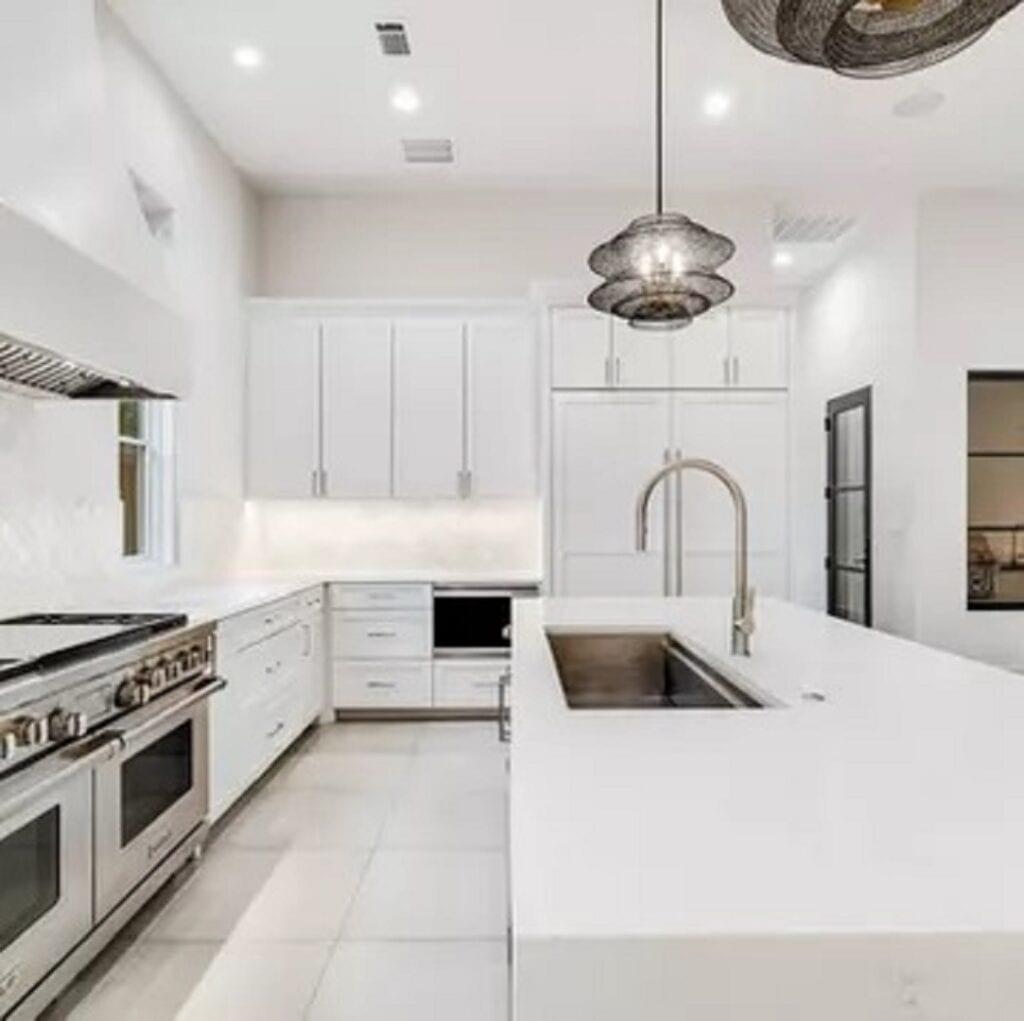 Kitchen 48