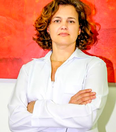 Dra. Débora Castilho