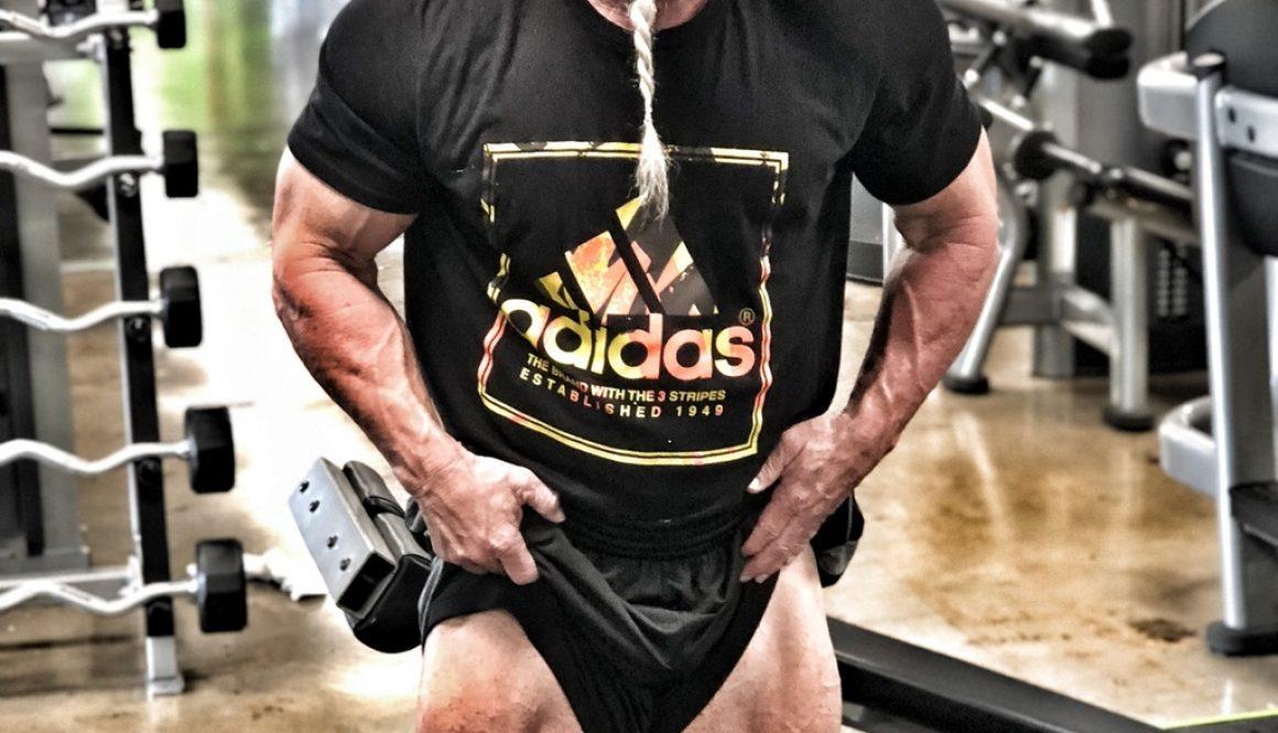 Gator Gates poses quads after leg workout