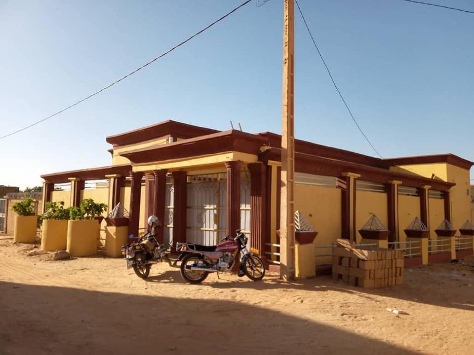 Villa en vente sur 300 m2 Sonuci Francophonie