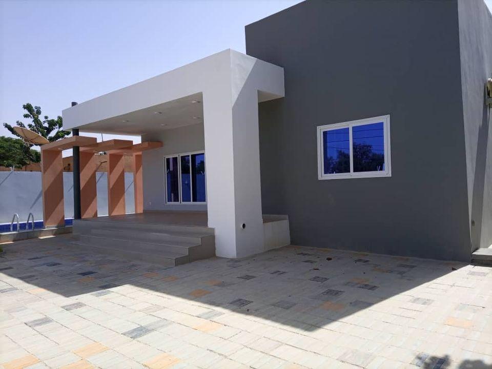 Villa Neuve à 200 m du goudron Koira Kano