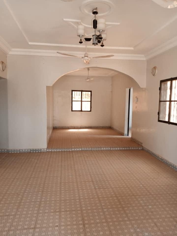 Villa 3 Chambres Pavée avec Staffs