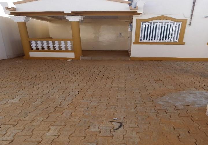 Maison Neuve Jonction 3ème Latérite Bassora