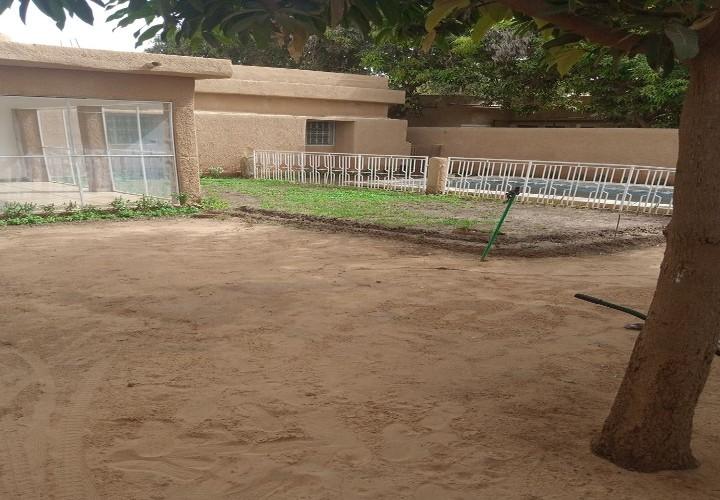 Maison vers Clinique Niima