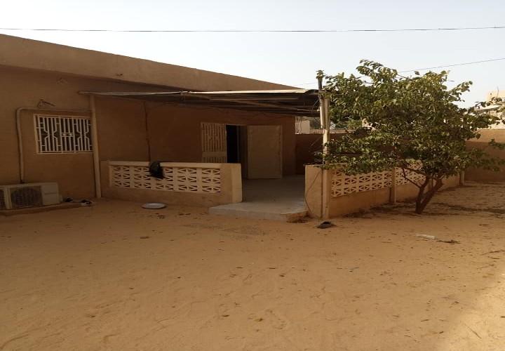 Villa face NIGELEC Plateau
