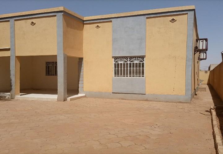 Villa 3 Chambres à 200m de Goudron
