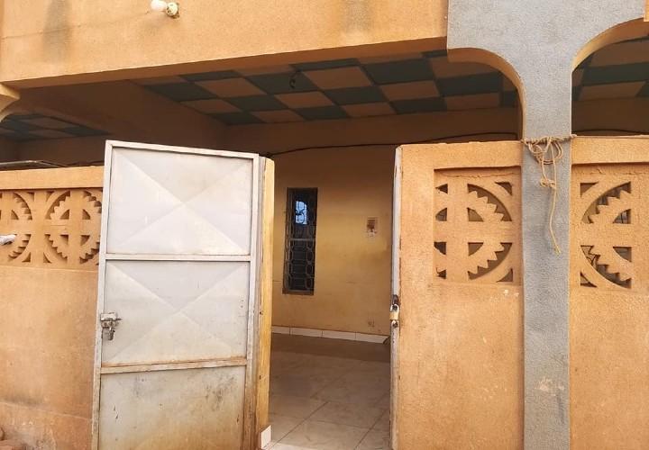 1 Chambre Salon avec Terrace Couverte