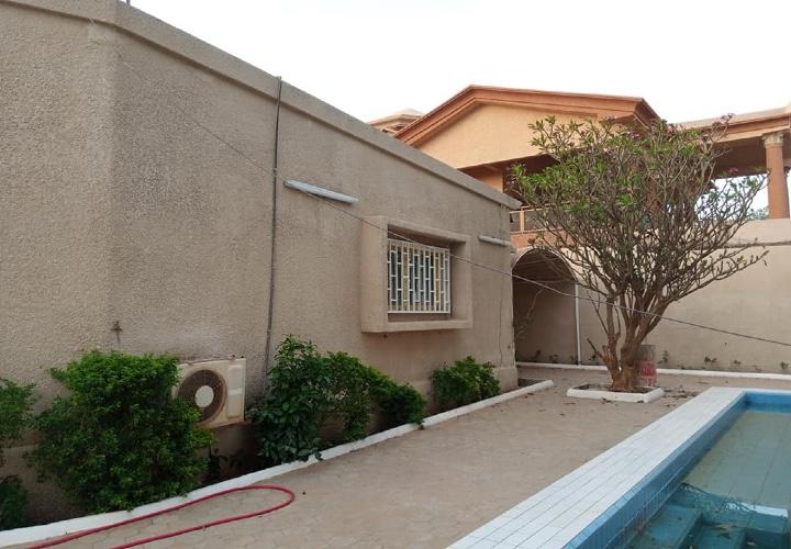 Villa 5 Chambres près de Maurice Delence