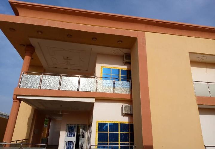 Grande Villa Étage 10 Chambres sur 800 m2